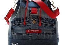 taška s červenou