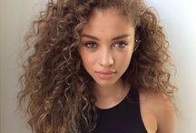 Curly Hair / Big curly hair, wavy hair, Black girl, Mixed girl, Mixed hair, Biracial hair