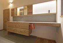 Holzunterschrank Badezimmer