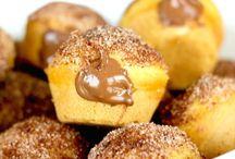 Donuts, pączki, churros