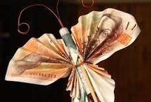 obraz z peněz