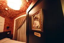 """Номер Цветаева / """"Нет на земле второго Вас"""" будьте уникальным, проживая в номере Цветаева мини-гостиницы Санкт-Петербурга на Невском проспекте 74."""