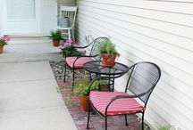 Outdoor Seating / by Laura White