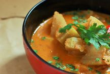 Indian Vegetarian Curries & Gravies / Vegetarian sabzis, curries and gravies from all across India.
