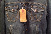Ritorno agli anni '80 / Giacca jeans con pellicciotto della Wrangler