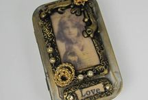 Altered Tins / by Mary Beth Lay