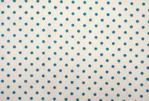 Aqua / Van deze stofjes maken wij persoonlijke kadootjes en blije hebbedingen. Wil jij ook een trip trap kussenset van deze leuke stofjes hebben? Die bestel je dan gewoon op www.kidz-corner.nl