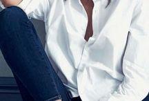 В белой рубашке
