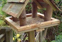 Fuglekasser og matere