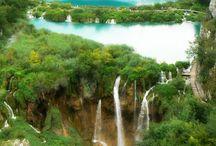 Waterfalls / by Cheryl Gubitosi
