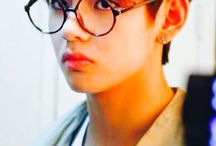 BTS  안경