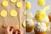 Decoraties for cakes