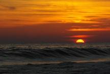 Cielo, mar y tierra / La belleza del mar, el resplandor de nuestro cielo, el sol y la delicadeza de nuestra tierra!