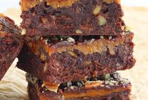BrOwNiEs AnD bArS / by Tracey Pruden