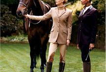 chevaux / by Janie Pelletier