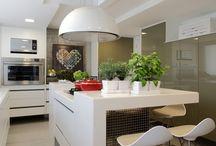 Dicas de decoração baratas / Quem disse que precisa de muito dinheiro para dar um charme na sua casa? Aqui você encontra soluções baratinhas e fáceis de serem instaladas, para sua casa ficar ainda mais cheia de charme.