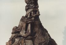 Sculptures en terre cuite et raku /   Sculpture en terre  cuite enfumée sur le thème des architectures insolites