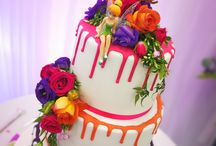 Wedding Cakes / Here we showcase all the yummy wedding cakes made by our clients.