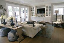 Home - Family Room / by Stephanie Rosselot