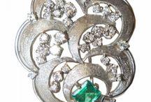Brooch / http://torgsynjewelry.com/jewelry/brooch.html
