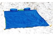 Beach Blankets We Love / These are beach blankets we like. Some we have available admittedly but also others we find cool, too.