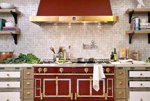 Kitchen / Kitchen inspiration and essentials.