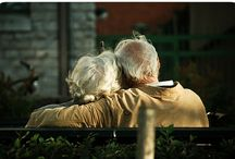 oLd CoUpLeS / by Amanda F