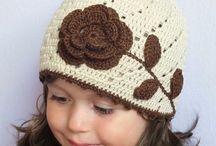 Chapeaux pour enfants en crochet