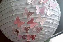 Déco anniversaire papillon rose gris blanc