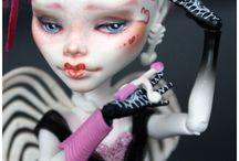 OOAK dolls / by Durelle Greene