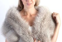Real Fox fur stoles & shawls / Amifur offers fashionable & real fox fur stoles. Each of our fur shawls is made in Italy. Handmade product. We ensure best quality materials. www.amifur.com