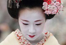 Geishas und Kimonos