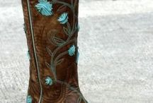 Boots i love / by Amber Fitzgerald