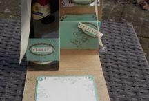 Wellness und Genießer Boxen / Als Geschenk für gute Freunde kommt eine Wellnessbox oder eine Genießerbox immer gut an.