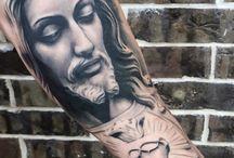 keresztény tetoválások