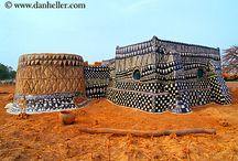 AFRICA / Detalles de arquitectura de tierra en África