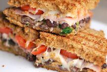 food > burgers & sandwiches