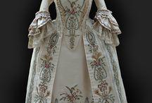 Fashion 1700's / by Nina Rivas