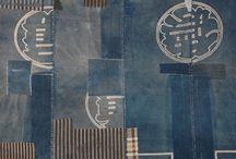 Painotöistä - ideoista / Some printing ideas / Monotypiaa, kohopainoa, materiaalilaattaa, marmorointia, maskilla rajausta...  Different ways to print without etching.
