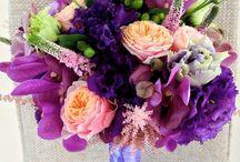 Buchet mireasa in tenta de mov cu tranafiri si orhidee mov / Buchet mireasa in tenta de mov cu tranafiri si orhidee mov
