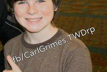 Lylie Chandler / il est très beau Chandler !  moi je suis toujours belle  !
