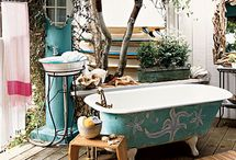 Outdoor Baths / by Pam Feather-Estrada