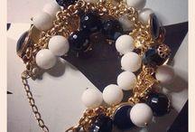 Ornella Greco Crèation&Bijoux / Ornella Greco Crèation&Bijoux realizza gioielli interamente fatti a mano,utilizzando diversi materiali. Per info:ornellazetagreco@alice.it