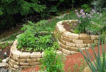 Garden Planters / Stack stone planters