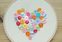 Buttons, Buttons,  Buttons! / Tutorials and ideas for using buttons. Buttons to purchase