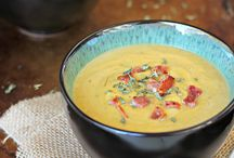 Soup Recipes / Delicious soup recipes for family dinners or meal planning for leftovers.