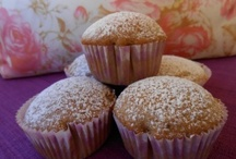 ♥ Cupcakes, Muffins, Sweets in Paper Cups ♥ / by Maria {Box of Stolen Socks}