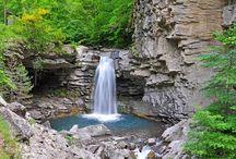 cascade / waterfall