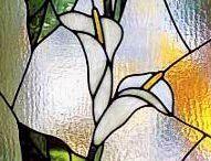 peinture vitrail / motif floral & personnage