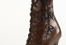 Boots i love / by Tamara Nichols-Mcdonald